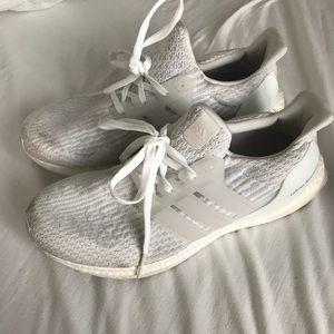 Ultra boost triple white